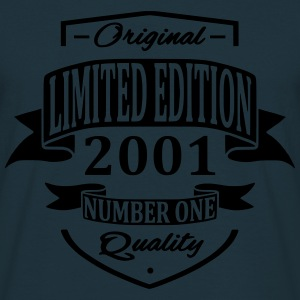 Limited Edition 2001 Pullover & Hoodies - Männer T-Shirt