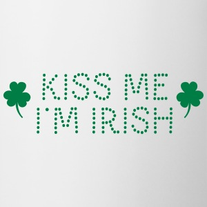 kiss me i'm irish dotted / shamrock / st paddy's Magliette - Tazza