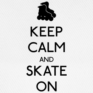 Keep Calm skate on garder calme patinage Tee shirts - Casquette classique