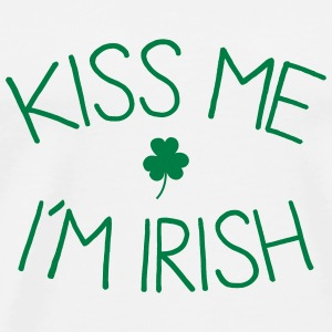 kiss me im Irish cute Mugs & Drinkware - Men's Premium T-Shirt
