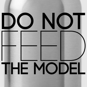 Do not feed the model Langarmshirts - Trinkflasche