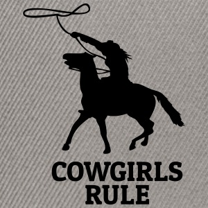 Cowgirls rule Hoodies & Sweatshirts - Snapback Cap