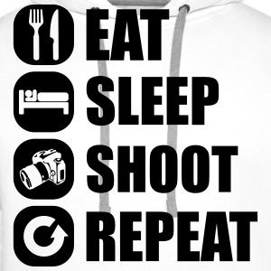 eat_sleep_shoot_repeat_5_1f T-Shirts - Männer Premium Hoodie