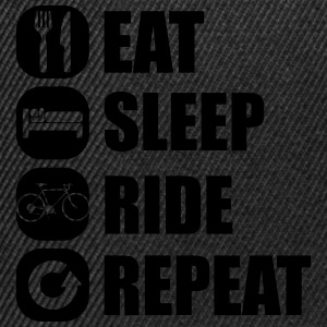 eat_sleep_ride_repeat_8_1f Långärmade T-shirts - Snapbackkeps