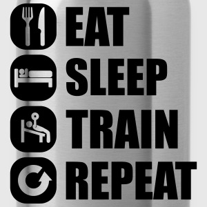 eat_sleep_train_repeat_16_1f Magliette - Borraccia