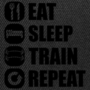 eat_sleep_train_repeat_5_1f Manches longues - Casquette snapback