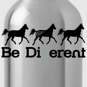 Be diFFerent - appaloosa horse T-Shirts - Water Bottle