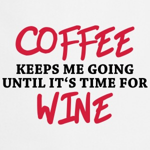 Coffee keeps me going until it's time for wine T-skjorter - Kokkeforkle