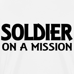 Soldier on a mission Langarmshirts - Männer Premium T-Shirt
