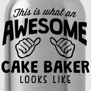 awesome cake baker looks like - Water Bottle