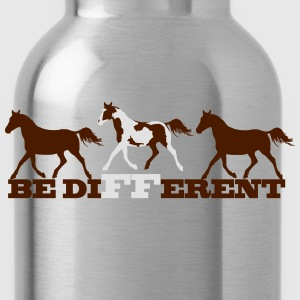 Paint Horse - Be different T-Shirts - Water Bottle
