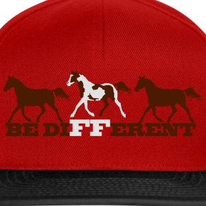 Paint Horse - Be different T-Shirts - Snapback Cap