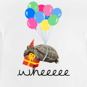 Weiß turtle with gift and balloon T-Shirts - Baby T-Shirt