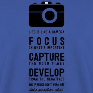 Focus, capture, develop T-Shirts - Männer Pullover