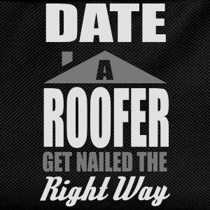 date a roofer, get nailed the right way T-skjorter - Ryggsekk for barn