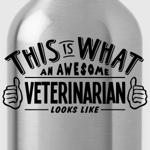 awesome veterinarian looks like pro desi t-shirt - Water Bottle
