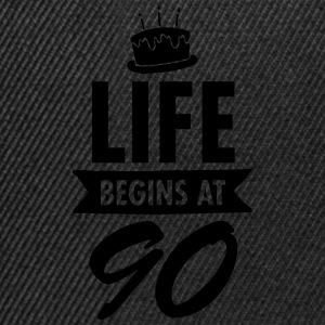 Life Begins At 90 Tazze & Accessori - Snapback Cap