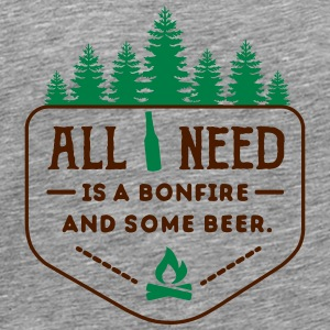 camping: all i need is bonfire and beer Singlets - Premium T-skjorte for menn