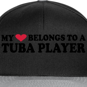 MY HEART BELONGS TO A TUBA PLAYER Tee shirts - Casquette snapback