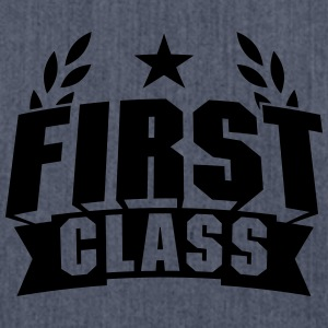 First Class T-Shirts - Schultertasche aus Recycling-Material