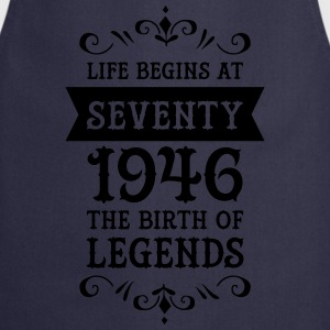 Life Begins At Seventy - 1946 The Birth Of Legends Magliette - Grembiule da cucina