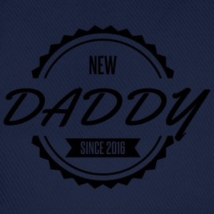 new daddy since 2016 Tee shirts - Casquette classique