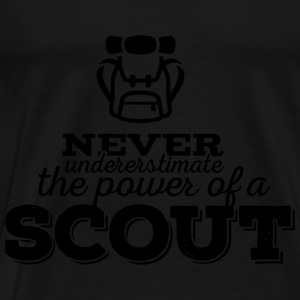 Never underestimate the power of a scout Tops - Männer Premium T-Shirt