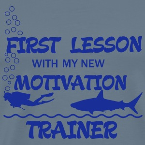 First Lesson - Motivation Trainer Toppe - Herre premium T-shirt