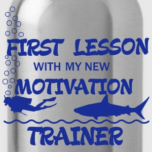 First Lesson - Motivation Trainer Magliette - Borraccia