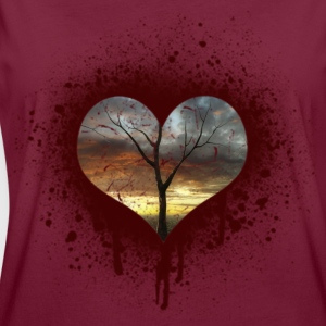 bleeding heart Hoodies & Sweatshirts - Women's Oversize T-Shirt