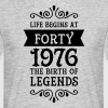 Life Begins at Forty - 1976 The Birth Of Legends Magliette - Maglietta da uomo