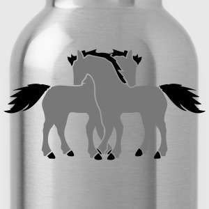 2 horses couple couple love love mare stallion cud T-Shirts - Water Bottle