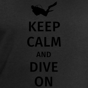 keep calm and dive on T-skjorter - Sweatshirts for menn fra Stanley & Stella