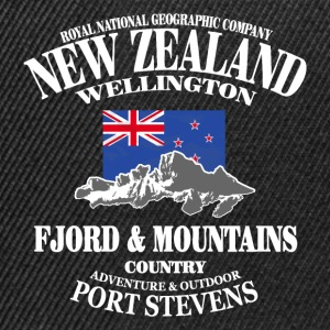 New Zealand - Mountains & Flag Magliette - Snapback Cap