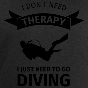 I don't neet therapy I just need to go diving T-Shirts - Männer Sweatshirt von Stanley & Stella