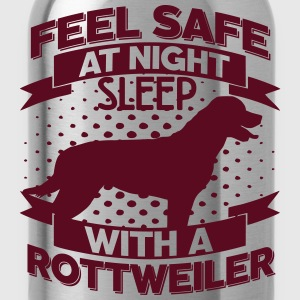 Feel safe at night T-Shirts - Water Bottle