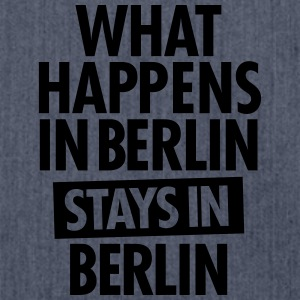 What Happens In Berlin Stays In Berlin T-shirts - Skuldertaske af recycling-material