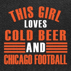 girl cold beer chicago T-Shirts - Snapback Cap