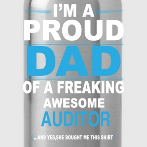 dad AUDITOR daughter T-Shirts - Water Bottle
