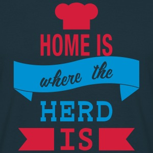 Home is where the Herd is - Männer T-Shirt