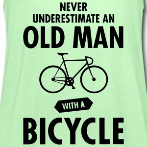 Never Underestimate An Old Man With A Bicycle T-shirts - Vrouwen tank top van Bella
