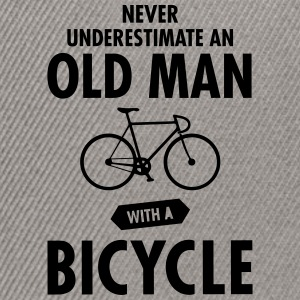 Never Underestimate An Old Man With A Bicycle T-shirts - Snapback cap