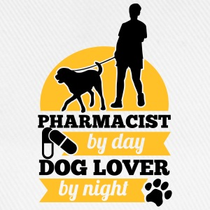 Pharmacist by day. Dog lover by night T-shirts - Baseballkasket