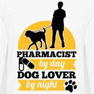 Pharmacist by day. Dog lover by night T-shirts - Herre premium T-shirt med lange ærmer