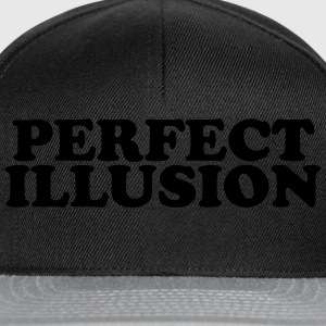 Perfect illusion Tee shirts - Casquette snapback
