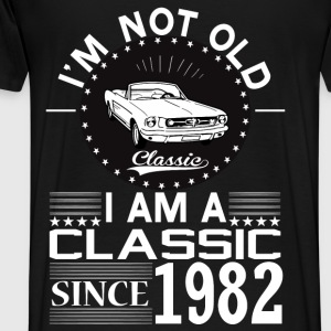 Classic since 1982 Hoodies & Sweatshirts - Men's Premium T-Shirt