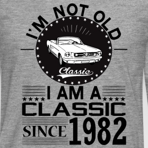 Classic since 1982 Hoodies & Sweatshirts - Men's Premium Longsleeve Shirt