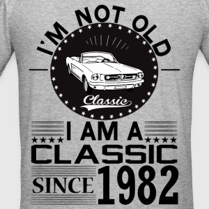 Classic since 1982 Hoodies & Sweatshirts - Men's Slim Fit T-Shirt