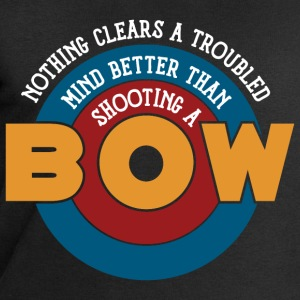 Nothing clears a mind better than shooting a bow - Männer Sweatshirt von Stanley & Stella