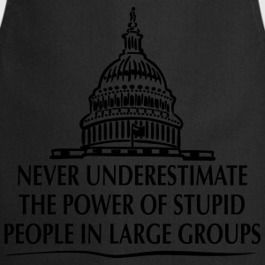 TRUMP: Stupid People in Large Groups T-shirts - Keukenschort